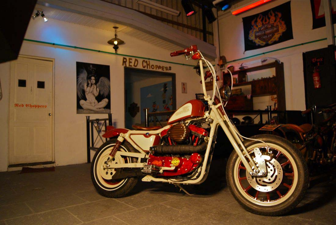 Red Choppers harley davidson (18)